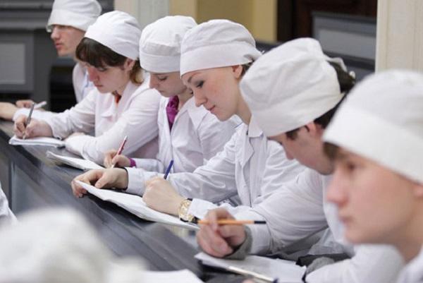 Эксперты: Медицина и образование - лучшие сферы труда для ищущих стабильности. 27040.jpeg
