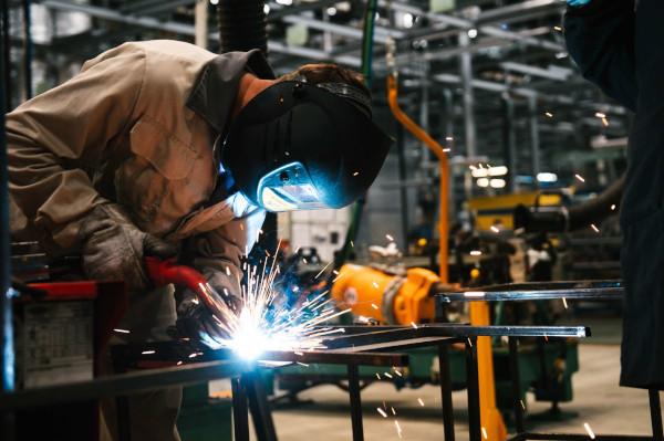 Российская обрабатывающая отрасль рекордно обвалилась. PMI, IHS MARKIT, индекс, деловая активность, обрабатывающее производство