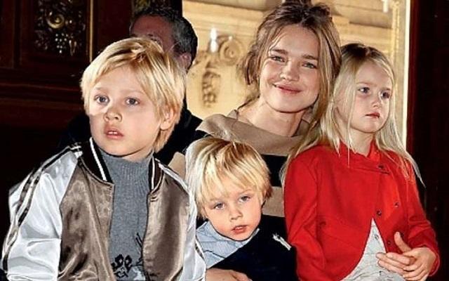 Наталья Водянова хочет, чтобы ее дети были похожи на великого модельера. 26617.jpeg
