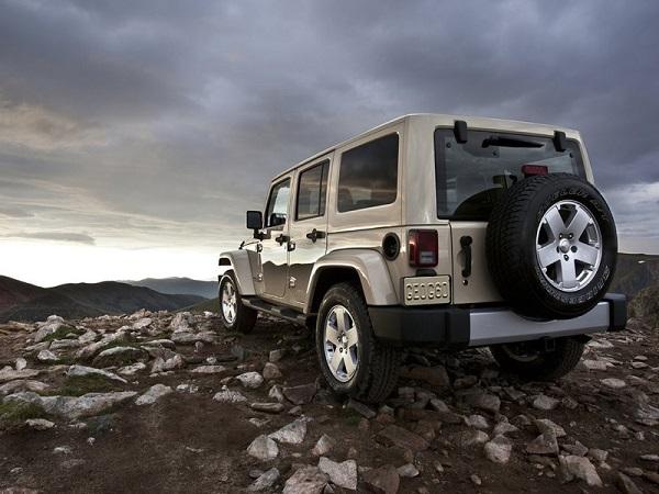 Россияне купили более 180 внедорожников Jeep в октябре. 26667.jpeg