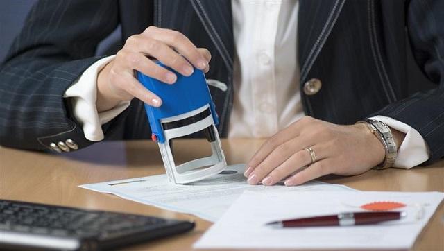 Закон обязал нотариусов направлять в Росреестр документы о сделках с недвижимостью. 26938.jpeg