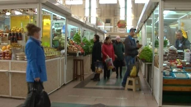 Россияне стали меньше покупать в январе - социологи. 26967.jpeg