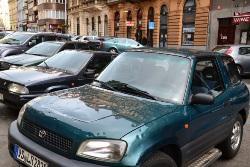 АЕБ о снижении спроса на иномарки в России: У автопроизводителей была вечеринка, а теперь горькое похмелье