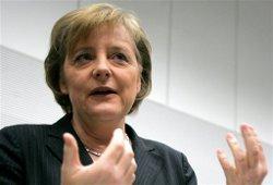 Меркель: исключение Греции из ЕС не поможет евро