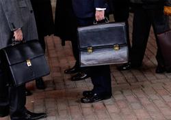 Сообщившим о взятке чиновникам дадут премию и защиту