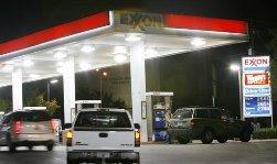 Бензин практически не изменился в цене