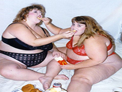 Ожирение и дистрофия вызывается качеством питания