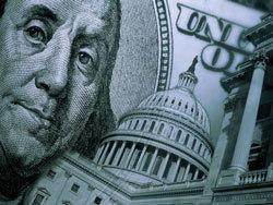 Доллар начал день небольшим ростом