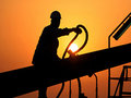 ФАС берет нефтяников за розницу
