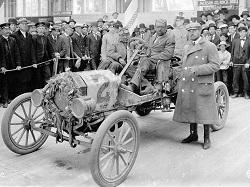 Ford:  Жестянка Лиззи  и первый конвейер