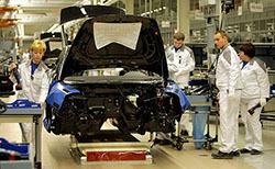 Российскому автопрому выделили дополнительно 5,8 миллиарда рублей