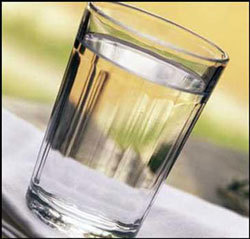 Производство водки в РФ снизилось на 30%