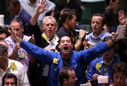 Новости из Греции толкнули биржи США вниз