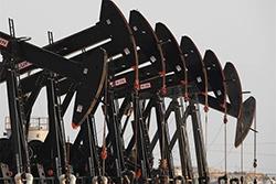 Словакия и РФ подпишут договор о поставках нефти на предстоящие 15 лет
