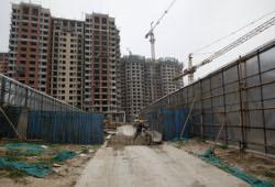 Правительство обещает выполнить план по строительству жилья