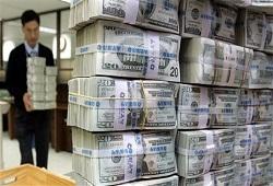 Доллар США - всему голова?