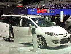 Mazda и Fiat  паркуются в России