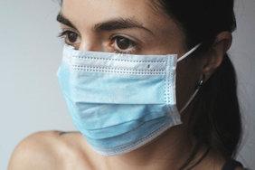 В России наращивают производство медицинских масок