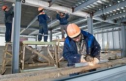 Более половины сахалинских выпускников колледжей уже устроились работать по специальности