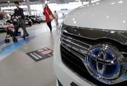 Toyota отзывает более 500 тыс своих авто