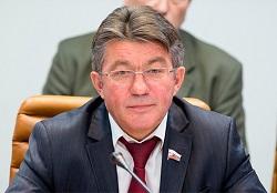 Виктор Озеров: Арктические базы нужны для мирного судоходства