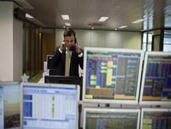 Акции  Русала  упали на ММВБ вслед за биржой Гонконга