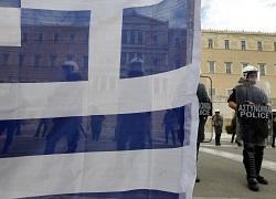 Греция обязалась сократить расходы на 14 млрд евро