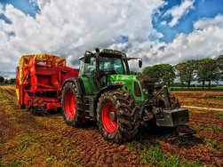 В Оренбург перенесли тракторный завод из Домодедова
