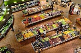 Правительство получило право вводить предельные цены на продукты