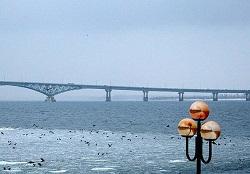Мост-ветеран в Саратовской области закрыли на реконструкцию