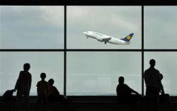 Lufthansa в пятницу отменила две трети рейсов