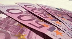 В ходе сегодняшних торгов евро и доллар резко падали