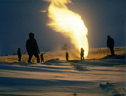 КНР начинает добычу сланцевого газа