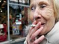 Австралия оставит сигареты без брендов