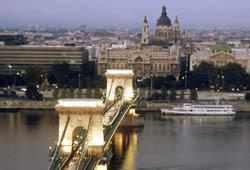 Венгрия просит о помощи МВФ